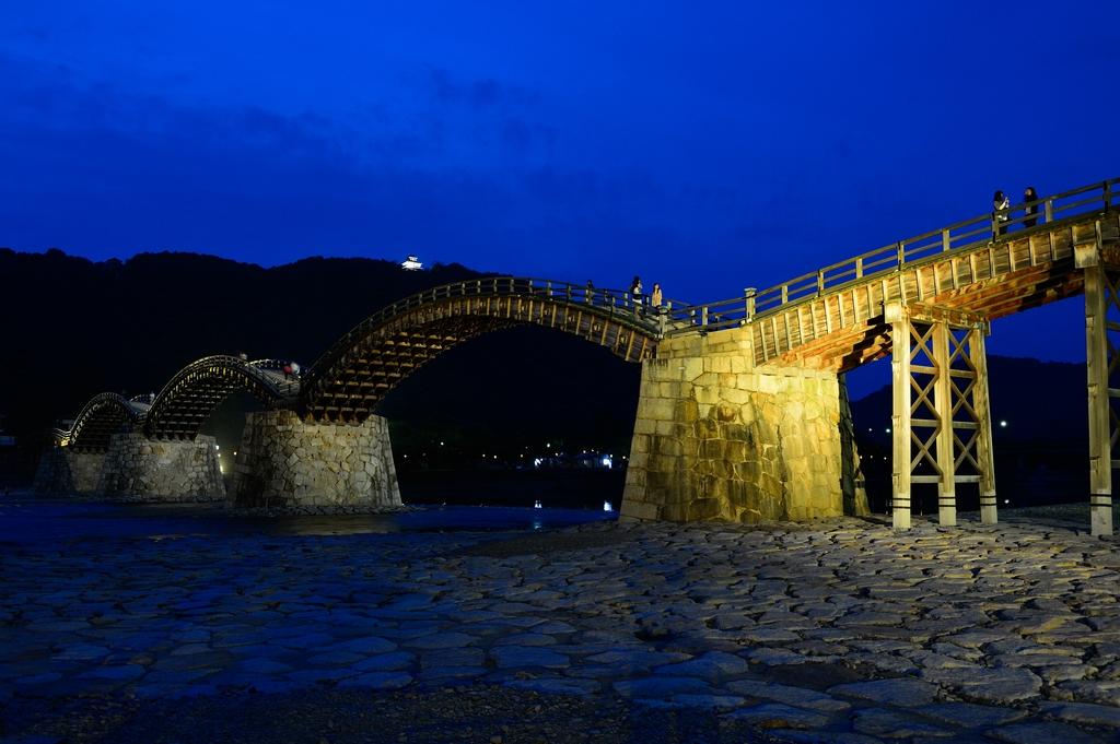 錦帯橋ライトアップの写真