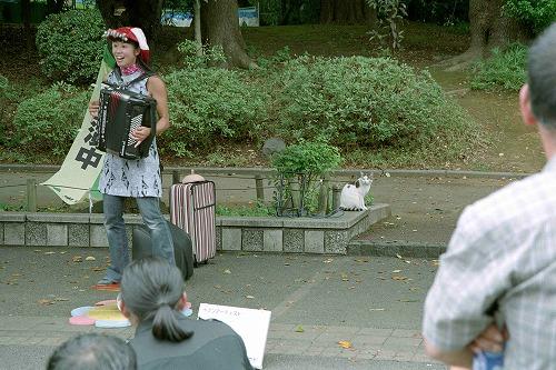 上野のパフォーマー